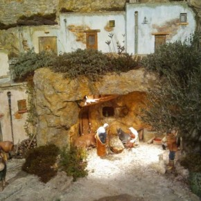 Presepe VS Albero di Natale