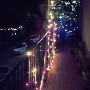 Il balcone di fronte
